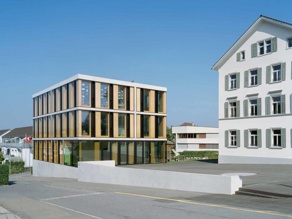 Schulhaus Oelwiese Thalwil Bild 09